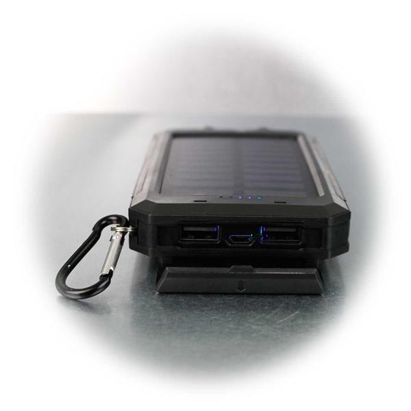 8Ah Powerbank mit 2xUSB und Solarpanel