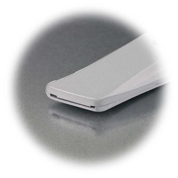 bei Nichtbenutzung ist die Klinge des Universalmessers zu entfernen