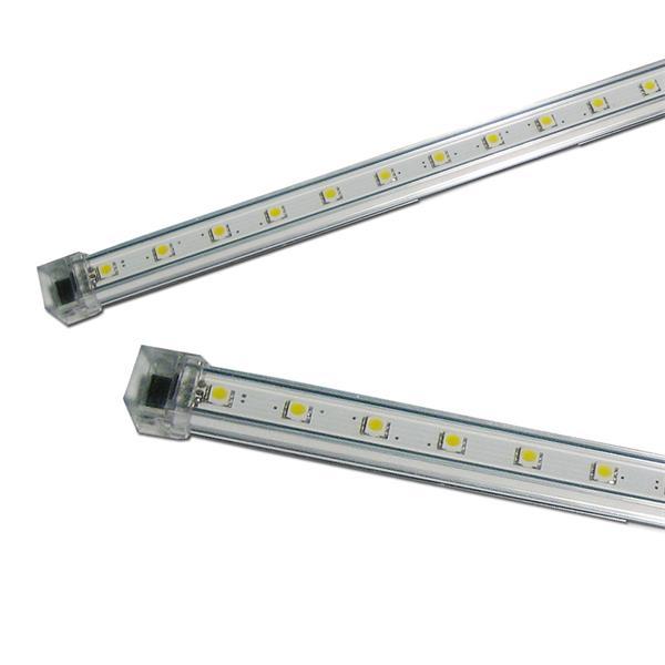 LED Unterbauleuchte mit hellen breitstrahlenden 3-Chip SMD LEDs