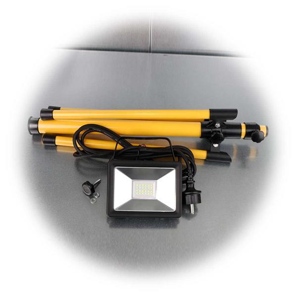 230V-Baustrahler mit höhenverstellbarem Stativ