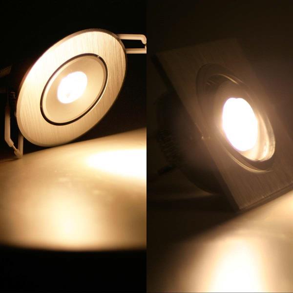 Warmweiß leuchtender Alu-Einbaustrahler in rund oder eckig