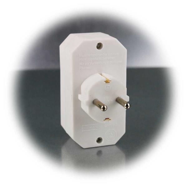 Kombinierter Steckdosen-Adapter für 250V~/16A