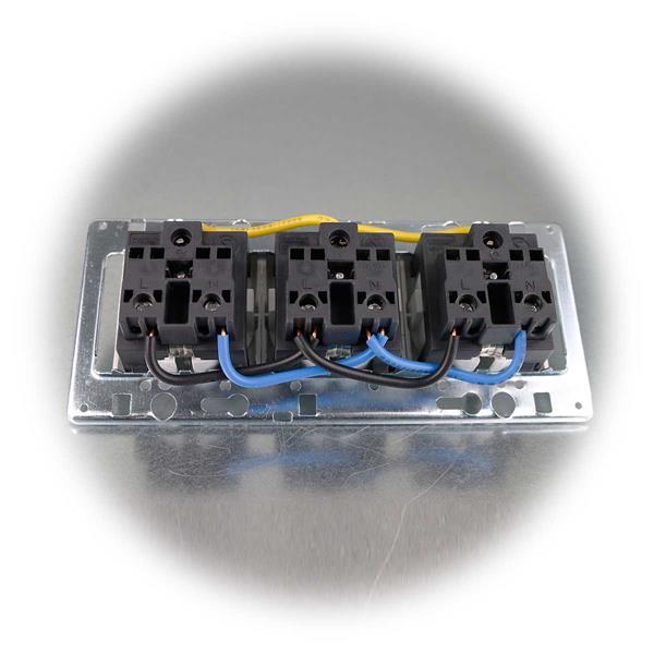 Dreifach-Steckdosenblock zur Aufbaumontage auf Arbeitsplatten