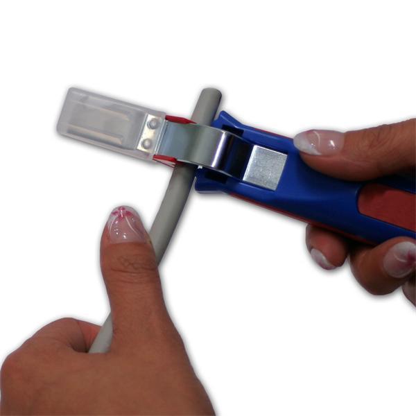 Profiwerkzeug zum Abmanteln gängiger Rundkabel von 4-28mm Durchmesser