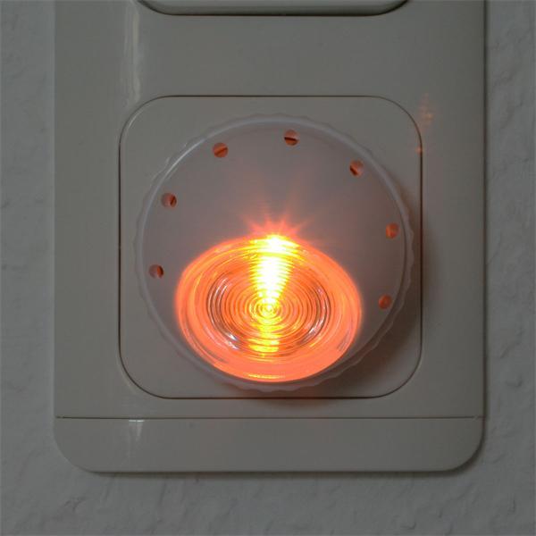 LED Nachtlicht mit einen 360 Grad schwenkbaren Leuchtenkopf