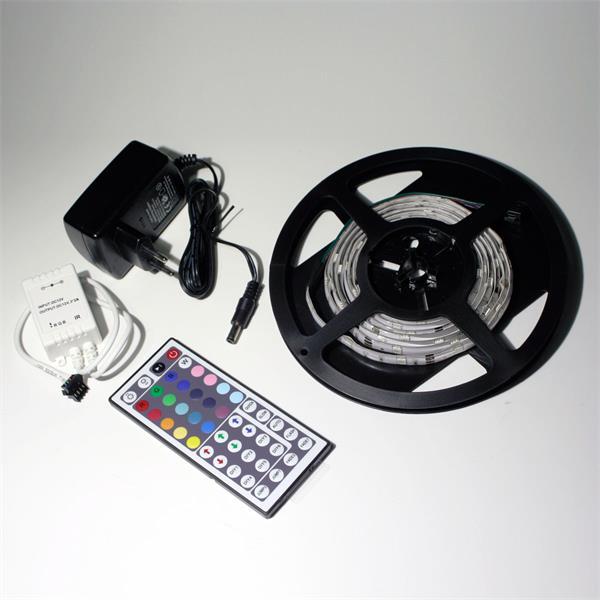 LED Komplettset bestehend aus 2m RGB Streifen, Controller und Netzteil