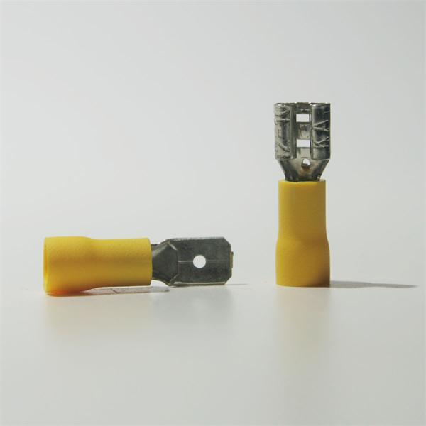 Flachstecker und Flachsteckhülse für Kabelnennquerschnitte von 4,0-6,0mm²