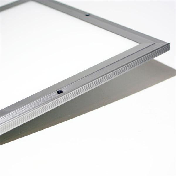 LED Panel in Hightech-Design sparsamer LED-Technik