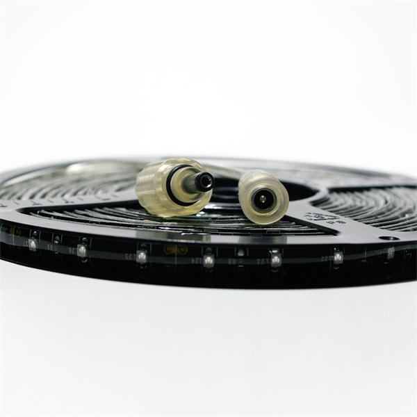kürzbarer LED Streifen mit Koax-Stecker und Koax-Buchse